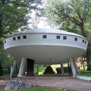 """ufo-house-la-casa-extraterrestre-300x300 <img src=""""images/"""" width="""""""" height="""""""" alt=""""your_alt"""">"""